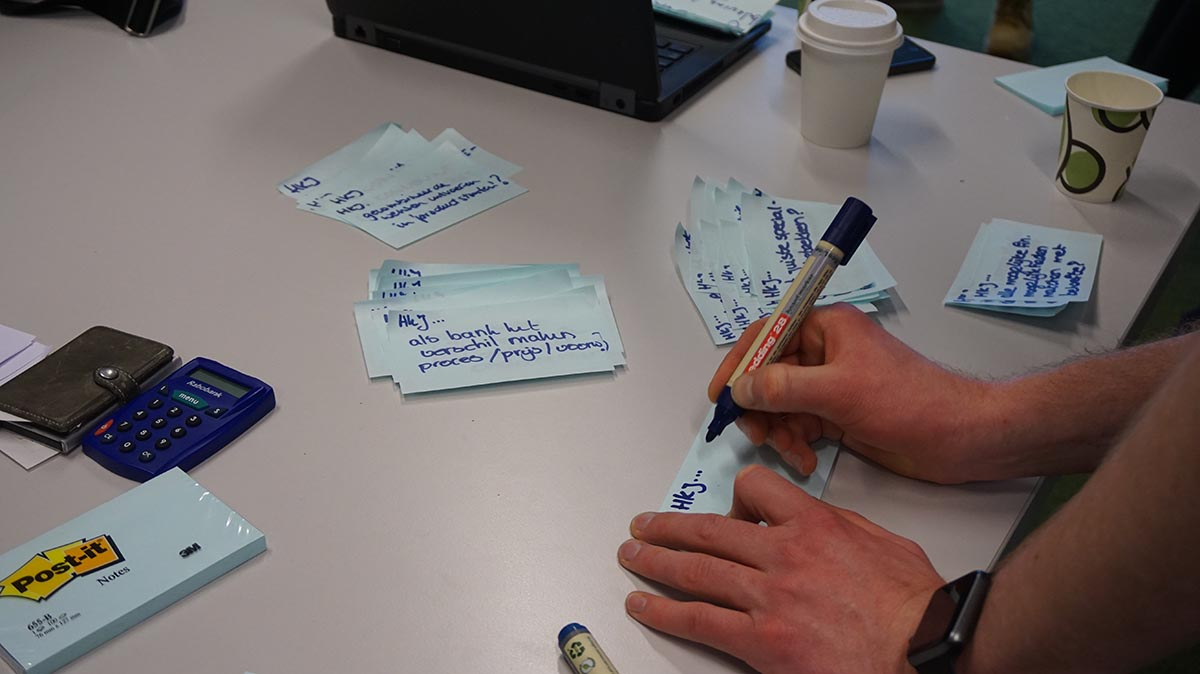 How Might We - Design Sprint Rabobank VBF 2.0